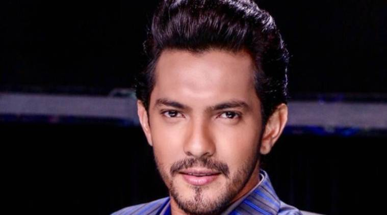 Aditya Narayan Singer Age Height Weight Net Worth Bio Celebrityhow